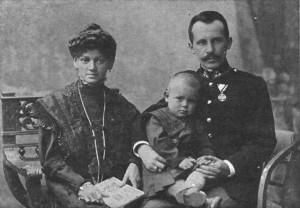 Karol con i suoi genitori