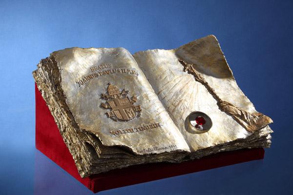 Reliquiario Libro